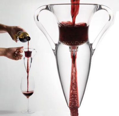 Welcome to DECANTUS, an innovative and unique by-the-glass decanting system for red wine